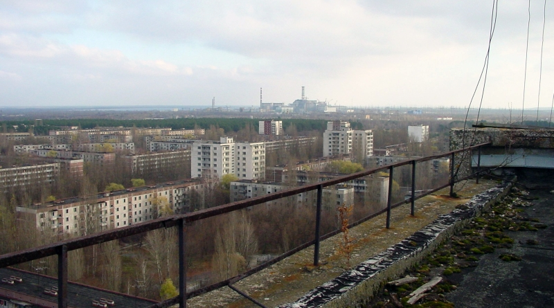 Ciew of Chernobyl taken from Pripyat